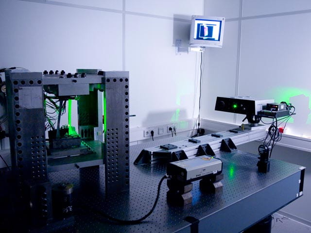 Holography-Modeshape-Analysis-Services